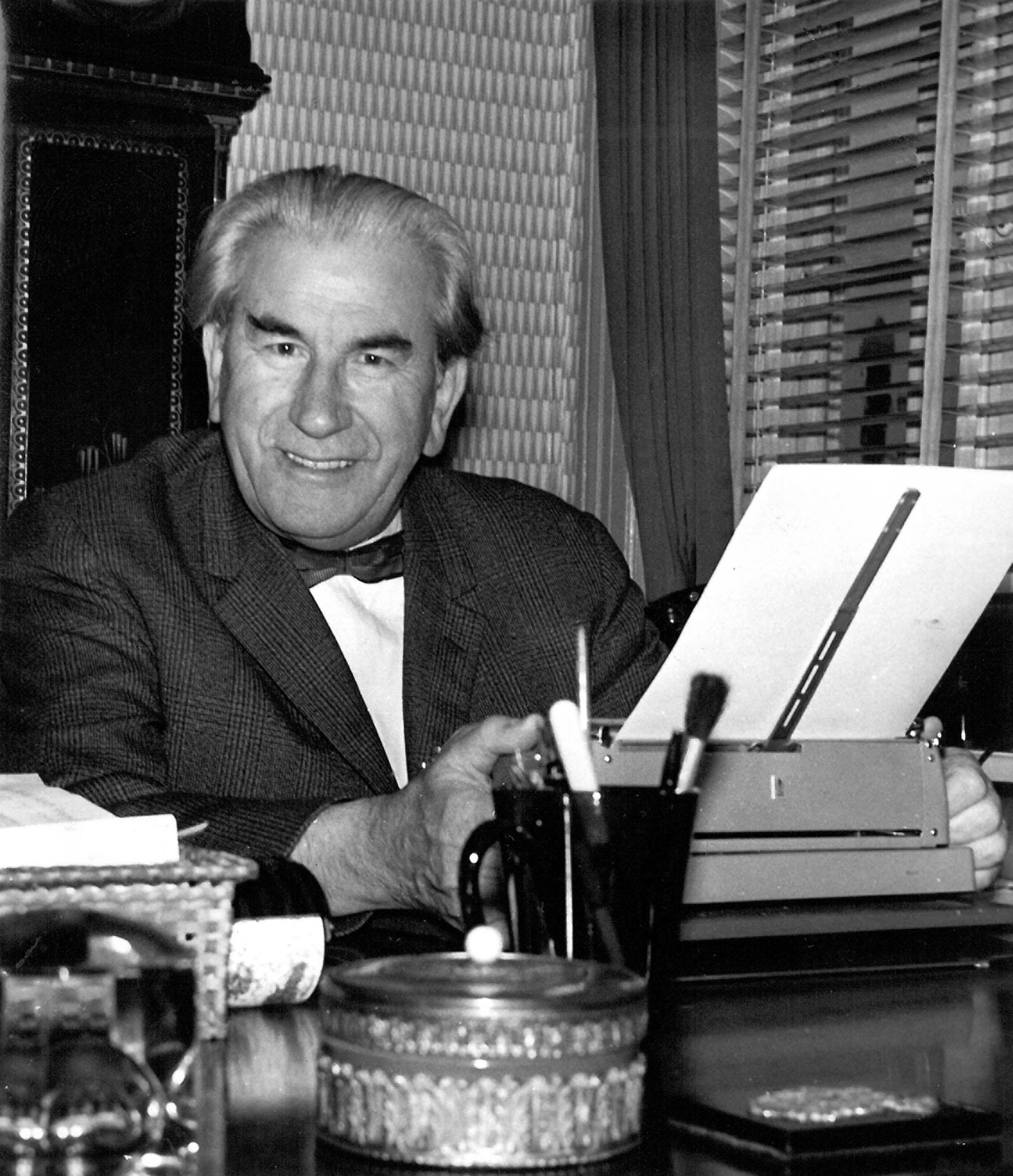Martinus working 1961, Photo PBJ